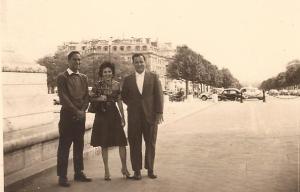 Anulfo reyes, Piky Lora y Arsenio Ortiz en Paris, 1964